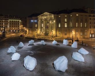 "Olafur Eliasson and Minik Rosing, ""Ice Watch"" (2015) (photo by Martin Argyroglo, © 2015 Olafur Eliasson)"